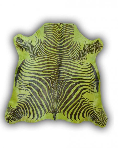 Alfombra de piel de toro con diseño cebra color verde