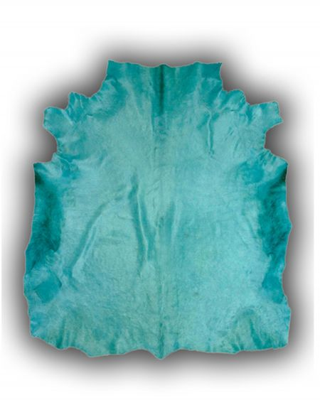 Alfombra de piel natural de toro normando tintada azul